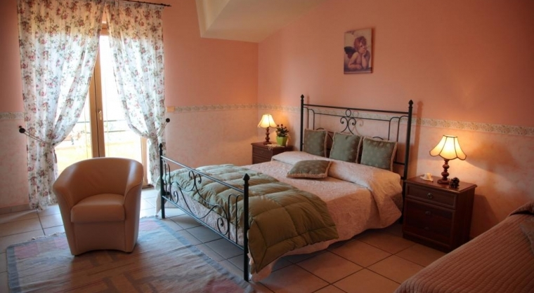 TurismoInCilento.it - B&B,Casevacanze,Hotel - villamirella - Camera da letto