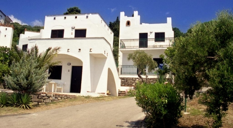 TurismoInCilento.it - B&B,Casevacanze,Hotel - hotel villaggio Hydra Club - bungalow