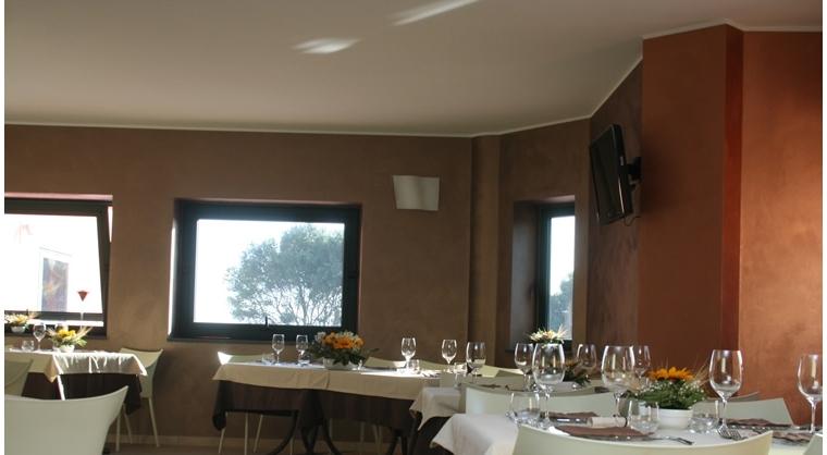 TurismoInCilento.it - B&B,Casevacanze,Hotel - Villaggio Turistico Bungalow parco pisacane - Hotel Villa delle Palme